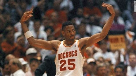 Watch the Houston Rockets' video tribute to Robert Horry