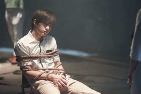 INFINITE's L perfectly transforms into young So Ji Sub in