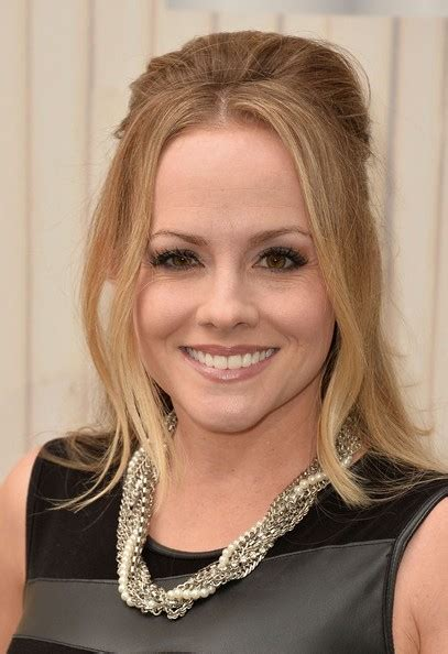 Kelly Stables Height, Weight, Bra Size, Star Sign, Salary