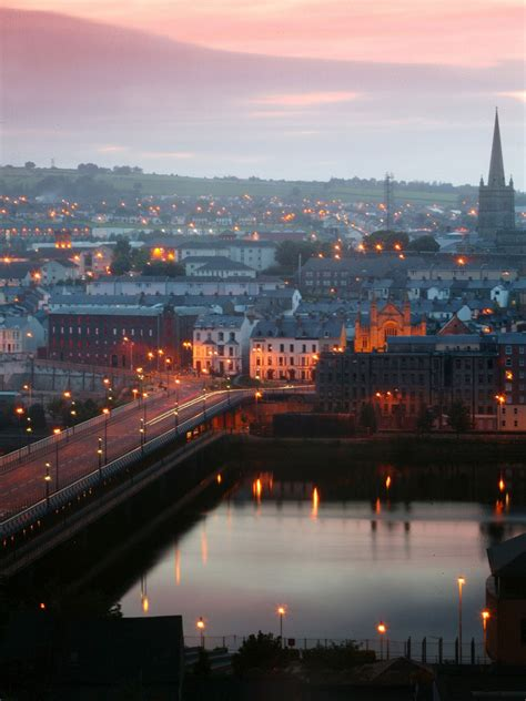 Derry/Londonderry: From these walls, you can see the