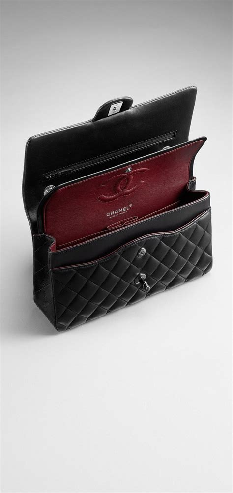 Small classic flap bag in quilted lambskin - CHANEL double