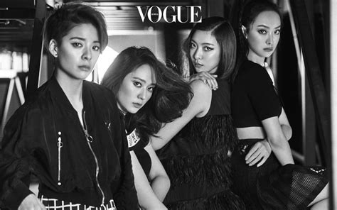 Sneak Peak of f(x) for Vogue Korea's April issue+Amber