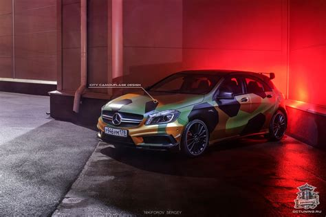 Mercedes-Benz A45 AMG in Camouflage Wrap   Hartvoorautos