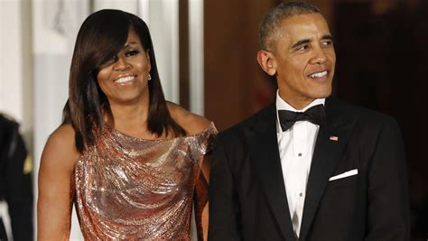 """""""American Factory"""" makes Barack and Michelle Obama 2020"""